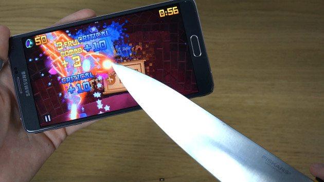 galaxy-note-4-smartfon-test-na-vinoslivosti-ekrana