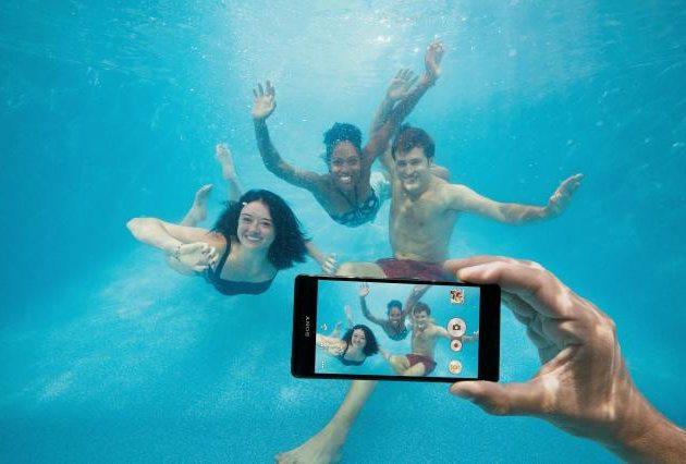 Sony противоречит сама себе  предлагая не снимать  Xperia под водой