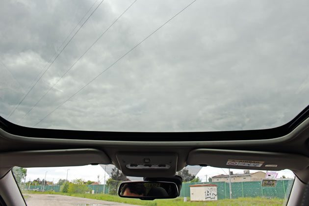Nissan Qashqai - panoramiczny dach