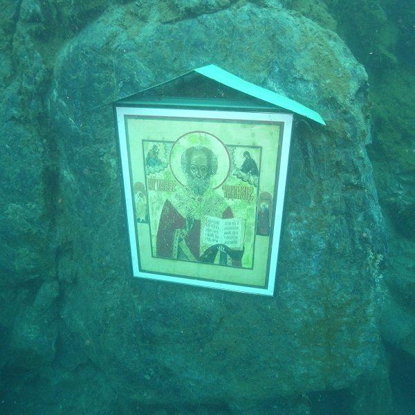 В конце сентября началось строительство первой подводный церкви