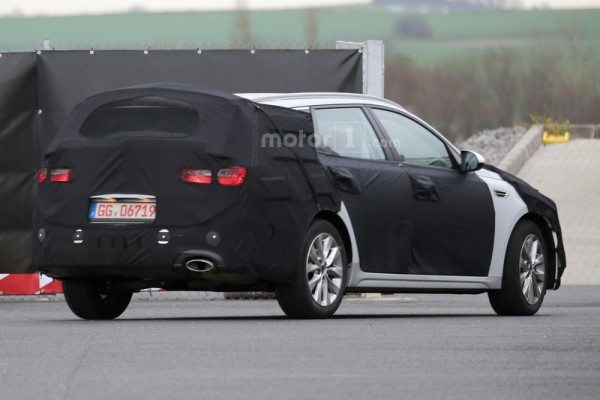 kia-optima-sw-spy-photo-5