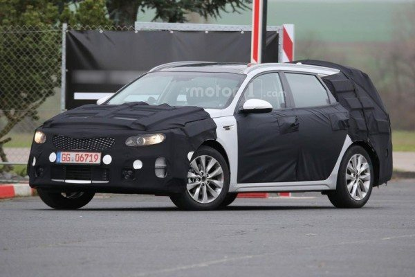 kia-optima-sw-spy-photo