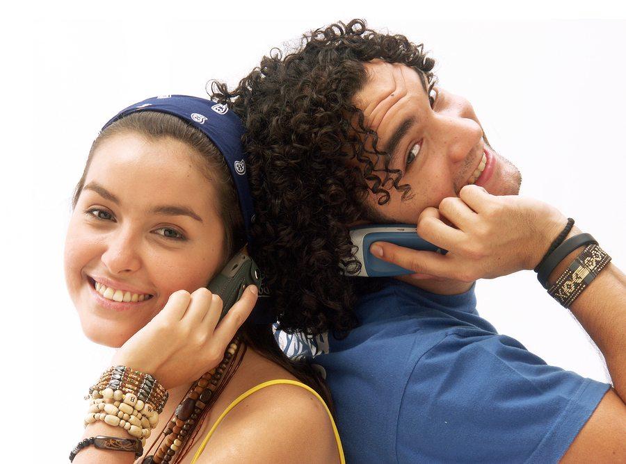 разговор по мобильному
