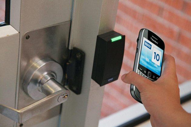 разблокировка дверного замка при помощи смартфона
