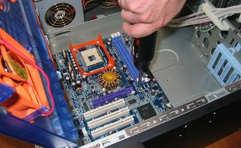 Замена материнки в компьютере
