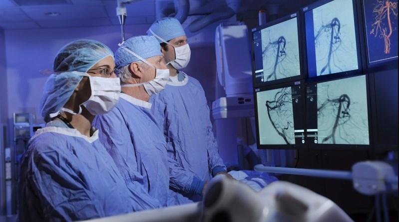 Когда нужно обратиться  к нейрохирургу?
