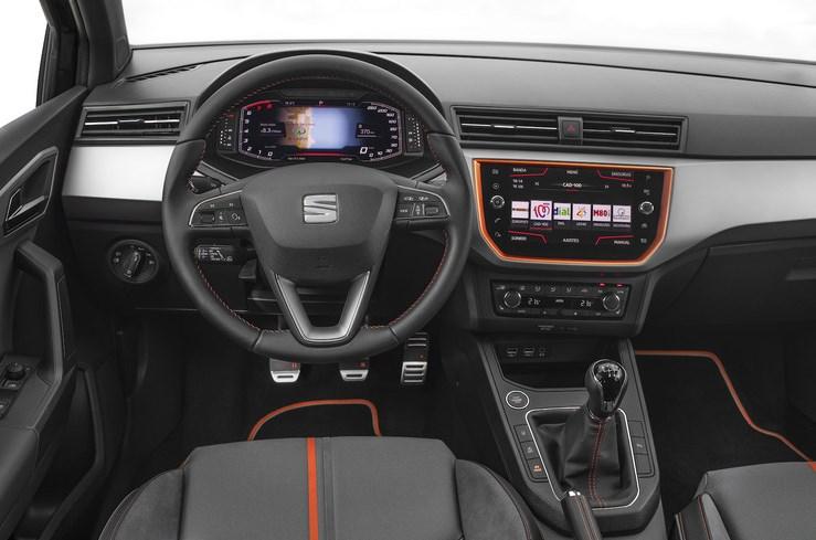 Seat начал применять цифровые приборные панелив своих автомобилях