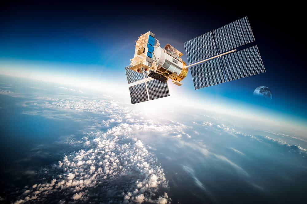 Украина продаст России новый украинский спутник