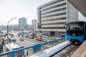 Работа метро Левобережная